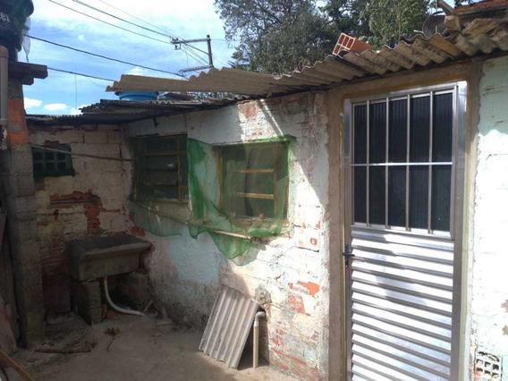 Casa 2 Quartos + 1 Cozinha + 1 Banheiro + Área De Lavar