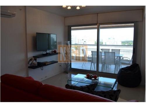 Apartamento En Brava, 2 Dormitorios  -ref:7880