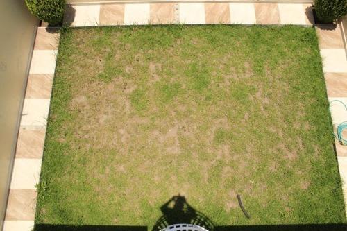 Casa Con Amplio Jardin Trasero, 3 Recamaras, 2.5 Baños