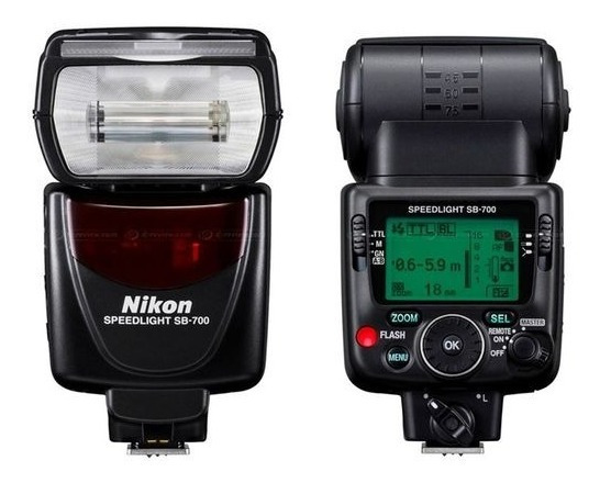 Flash Speedlight Sb-700+assessórios