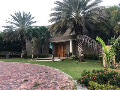 Se Vende Casa Mansion En Lagos Del Caujaral