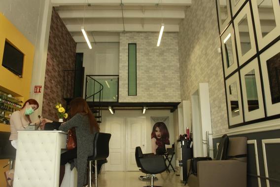 Se Traspasa Spa Y Salón Con Mobiliario Y Equipo