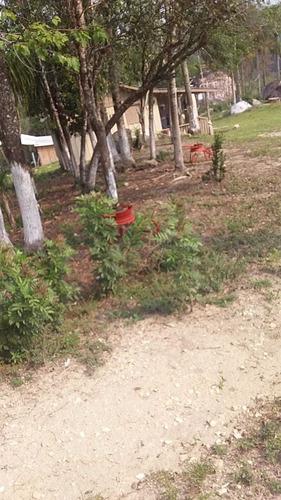 Imagem 1 de 8 de Chácara Localizada Em Ponta Grossa Divisa Com Campo Largo