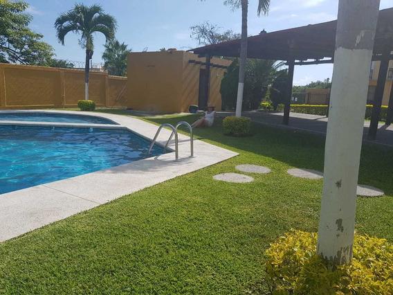 Preciosa Casa En Renta En Condominio,con Alberca, Amueblada