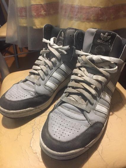 Zapatillas adidas Originals Botita (talle 41 / 9 Us)