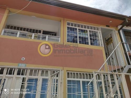 Apartamento En Arriendo Lagos Iii 704-8523