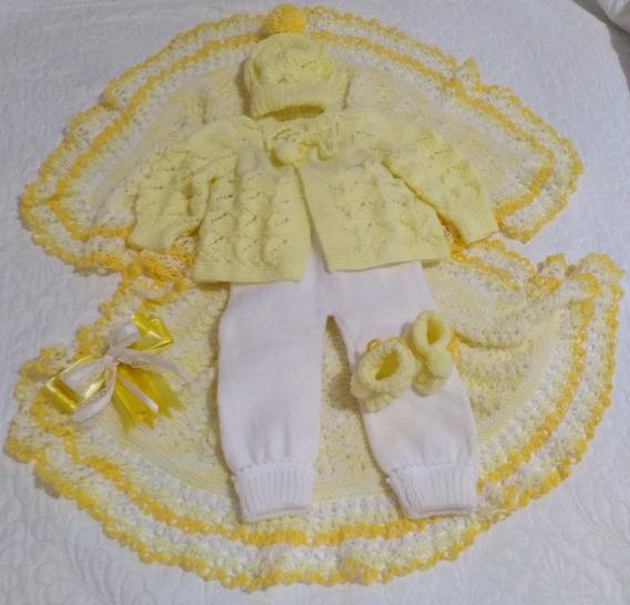 Kit Saída De Maternidade Em Tricô Para Bebês