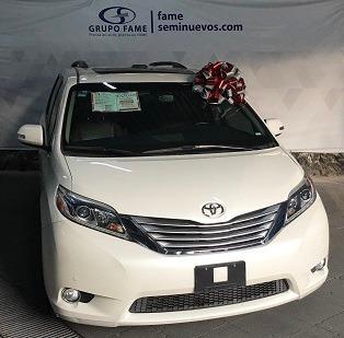 Toyota Sienna Limited 3.5l 4 Puertas