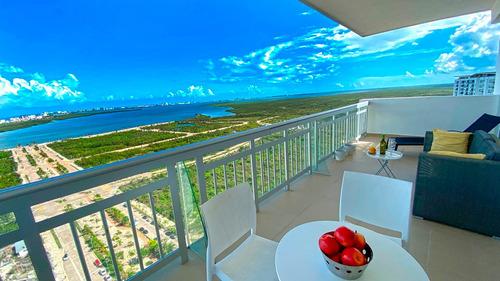 Imagen 1 de 14 de Excelente Ubicacion Hermoso Condo En Venta  Cancun