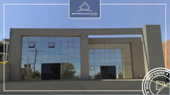 Locales / Oficinas Con Renta De $40.000 En Villa Allende