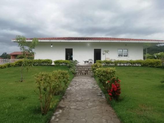 Casa En Venta Safari Countri Club Valencia Cod 19-14601 Ar