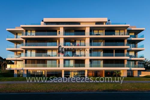 Imagen 1 de 30 de Oportunidad !!! Sea Breezes - Venta - Mansa - Punta Del Este - 3 Dormitorios - Piscina- Ref: 284