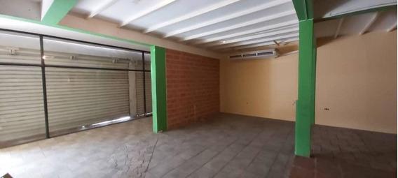 Iris Marin 0424-5774745 Alquila Local Centro Este Barqto