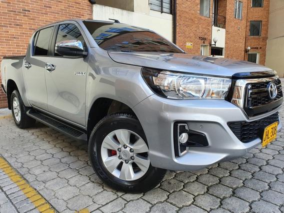 Toyota Hilux 2.4 Mt 4x4