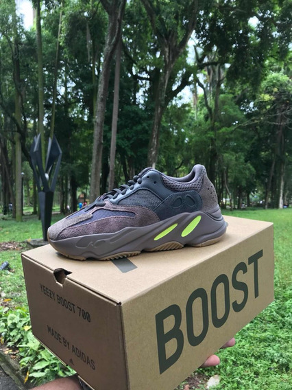 adidas Yeezy 700 Mauve - 41