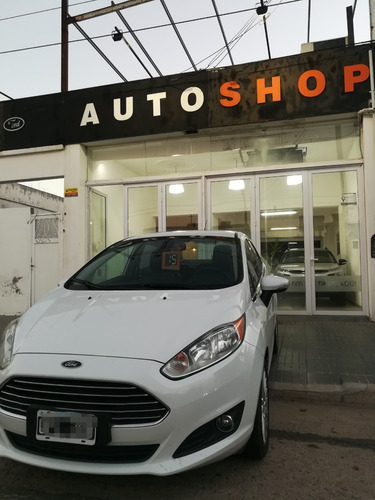 Ford Fiesta Kinetic Titanium Aut 2015