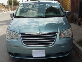 Chrysler Town & Country Limited 4.0