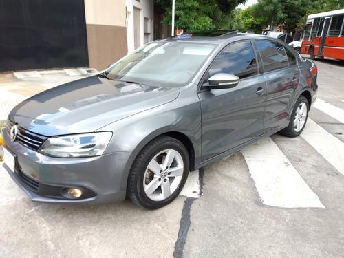 Volkswagen Vento 2.5 Luxury 38000km