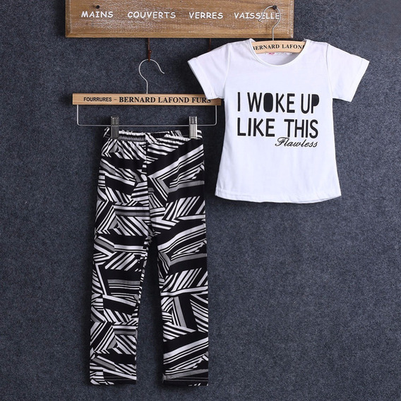 Lindo Conjunto De Playera Y Pantalón Para Niña