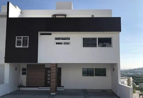 Preciosa Casa En Punta Esmeralda, 4 Recámaras, Roof Garden!!