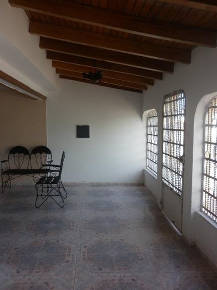 Espectacular Quinta Ubicada En La Urb. Serafin Cedeño