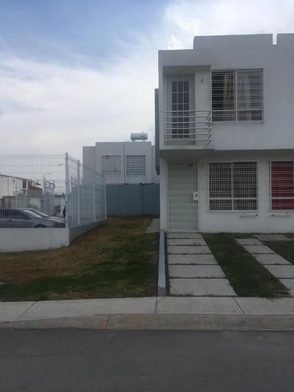 Se Renta Casa Nueva En Privada