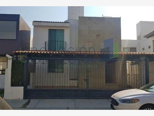 Casa Sola En Renta Punta Juriquilla (fracc.)