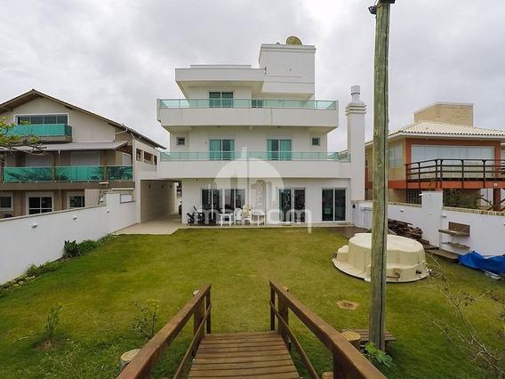 Frente Mar Casa 05 Suítes, Praia De Mariscal. - Mca-121