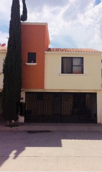 Se Vende Casa En Fraccionamiento Santa Teresa