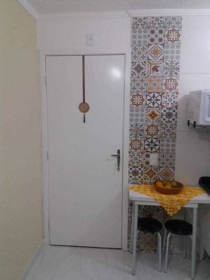 Apartamento Na Praia De Itanhaém 2 Dormitórios Sala Cozinha