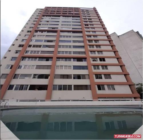 Residencias Oasis, Avenida Francisco Solano