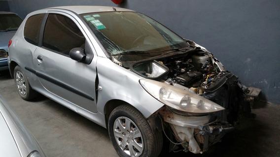 Peugeot 207 Compact Xr 1.4 2011 - Chocado