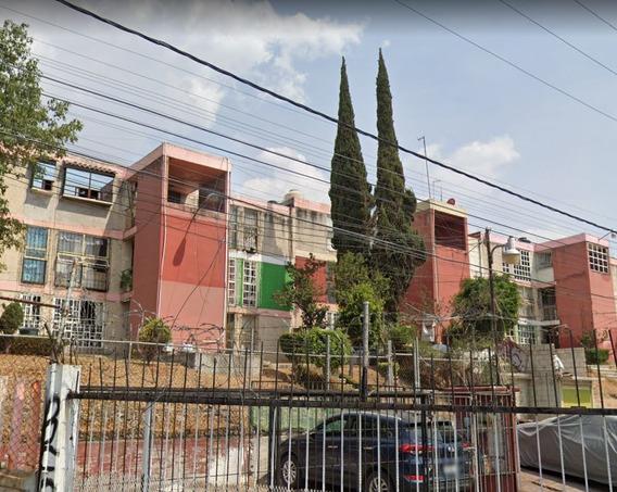 Vendo Departamento En Jardines De La Cañada, Edo Méx.