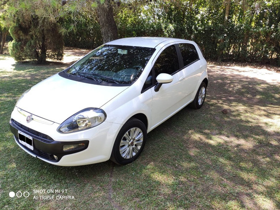 Fiat Punto 1.4 Attractive Pack Top Uconnect 2016 Unico Dueño