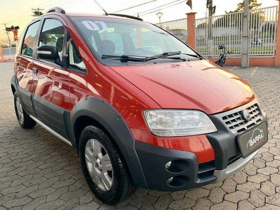 Fiat Idea Adventure 1.8 16v(flex) 4p