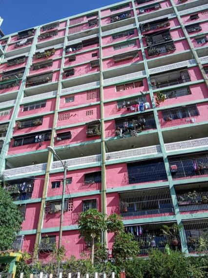 Apartamentos En Venta Parroquia 23 De Enero