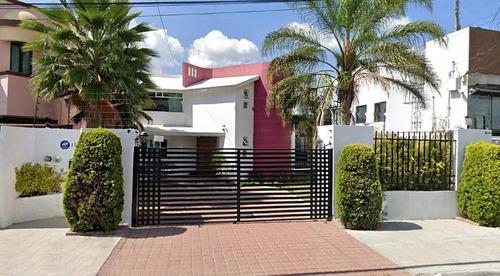Excelente Casa En Renta En Blvd. Privada Juriquilla, Querétaro