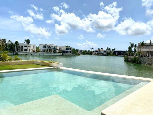 Imagen 1 de 30 de Casa En Venta En Cancun Lagos Del Sol , En El Lago