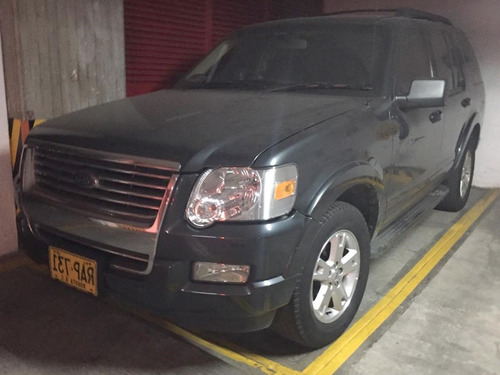 Ford Explorer At 4000 4x4