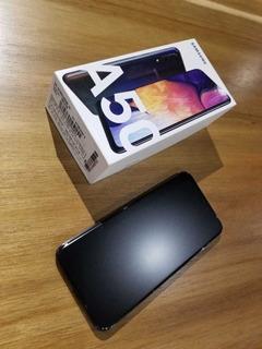 Samsung A50 4gb Ram 128gb De Almacenamiento Envío Incluído!