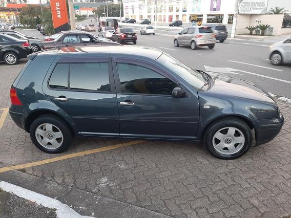 Volkswagen Golf 1.6 5p 2003