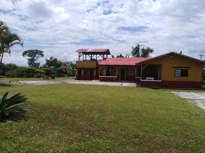 Casa Finca, 3 Habitaciones, 2 Baños .