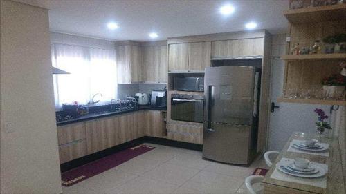 Imagem 1 de 10 de Casa Sobrado 155m²  3 Dorms Lavabo 4 Vagas De Garagem - V3129