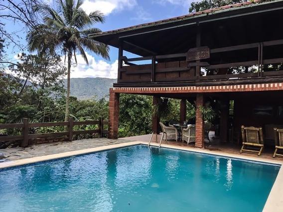 Hermosa Villa Amueblada En Jarabacoa Con Piscina