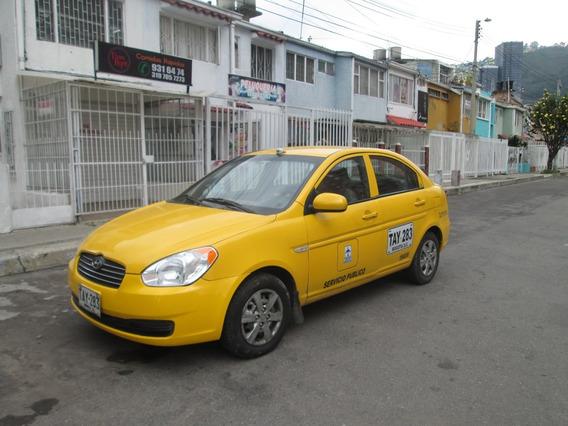 Taxi Hyundai Accent 2011, 4 Puertas, Sedan.