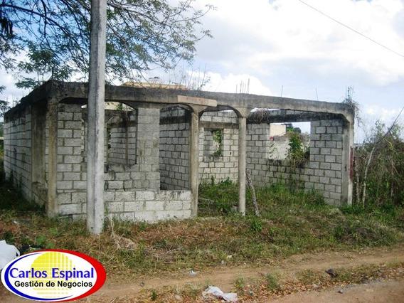 Solar Con Mejora De Venta En Higuey, República Dominicana