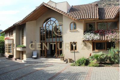 Estupenda Casa