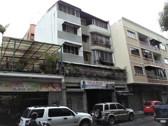 Local En Chacao 20-8411 Yanet 0414-0195648