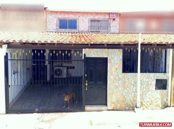 Casa En Venta- Urb. La Arboleda. Porlamar
