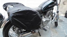 Par De Alforge Rígido Komine Com Capa De Chuva Motociclista